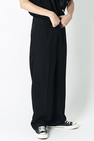 essential over wide pants black