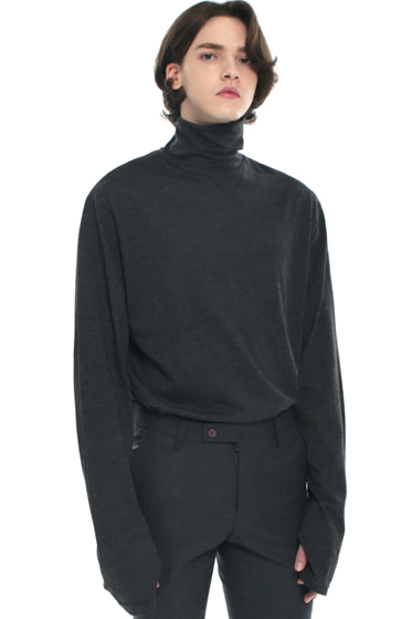 turtle neck hand warmer sleeve t-shirt charcoal