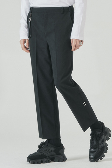 half banding tip crop slacks black