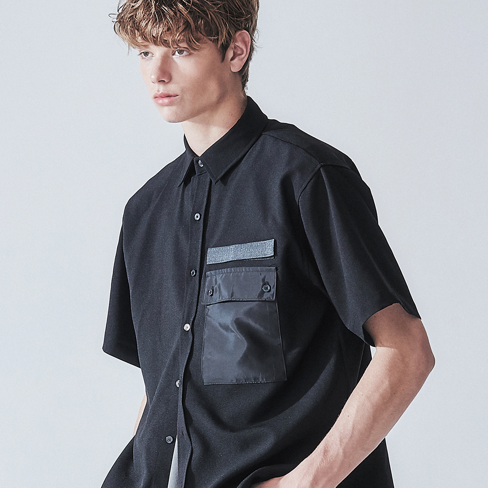 MILITARY BLACK VELCRO 1/2 SHIRT