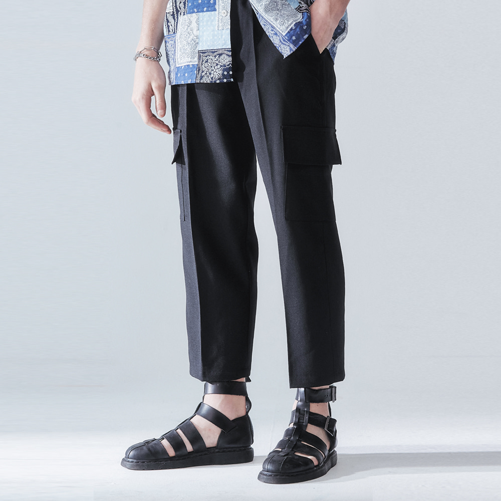 CARGO WIDE CROP PANTS BLACK