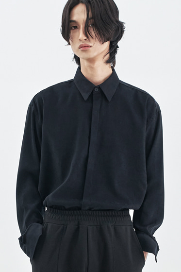 SUPREME TOUCH RELAXED FIT SHIRT BLACK