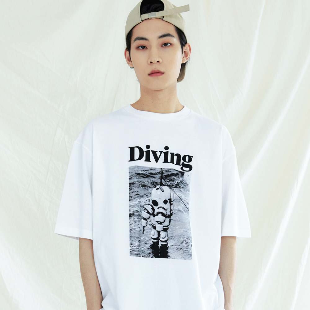 DIVING GRAPHIC T-SHIRTS WHITE